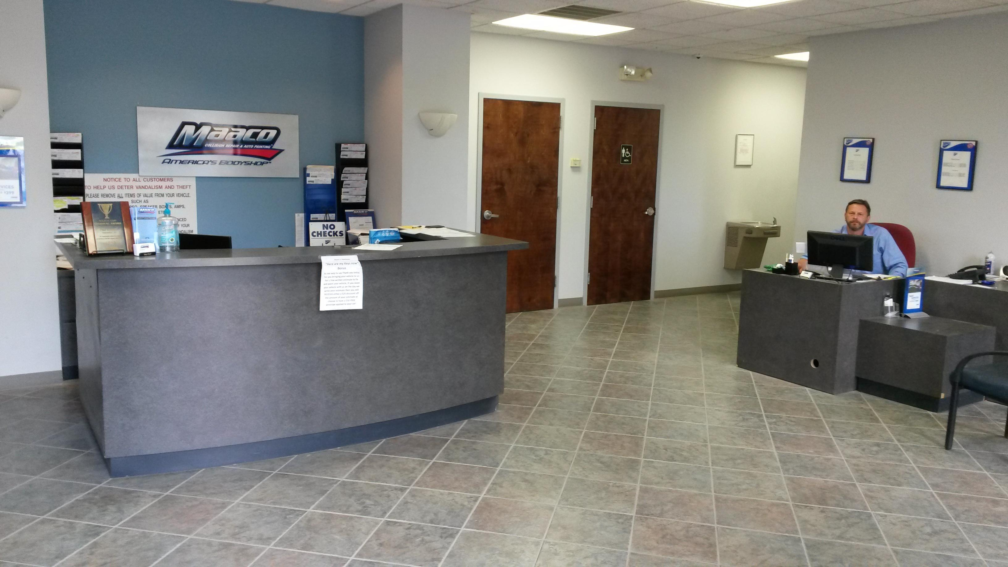 Maaco collision repair auto painting charlotte north for Maaco paint reviews