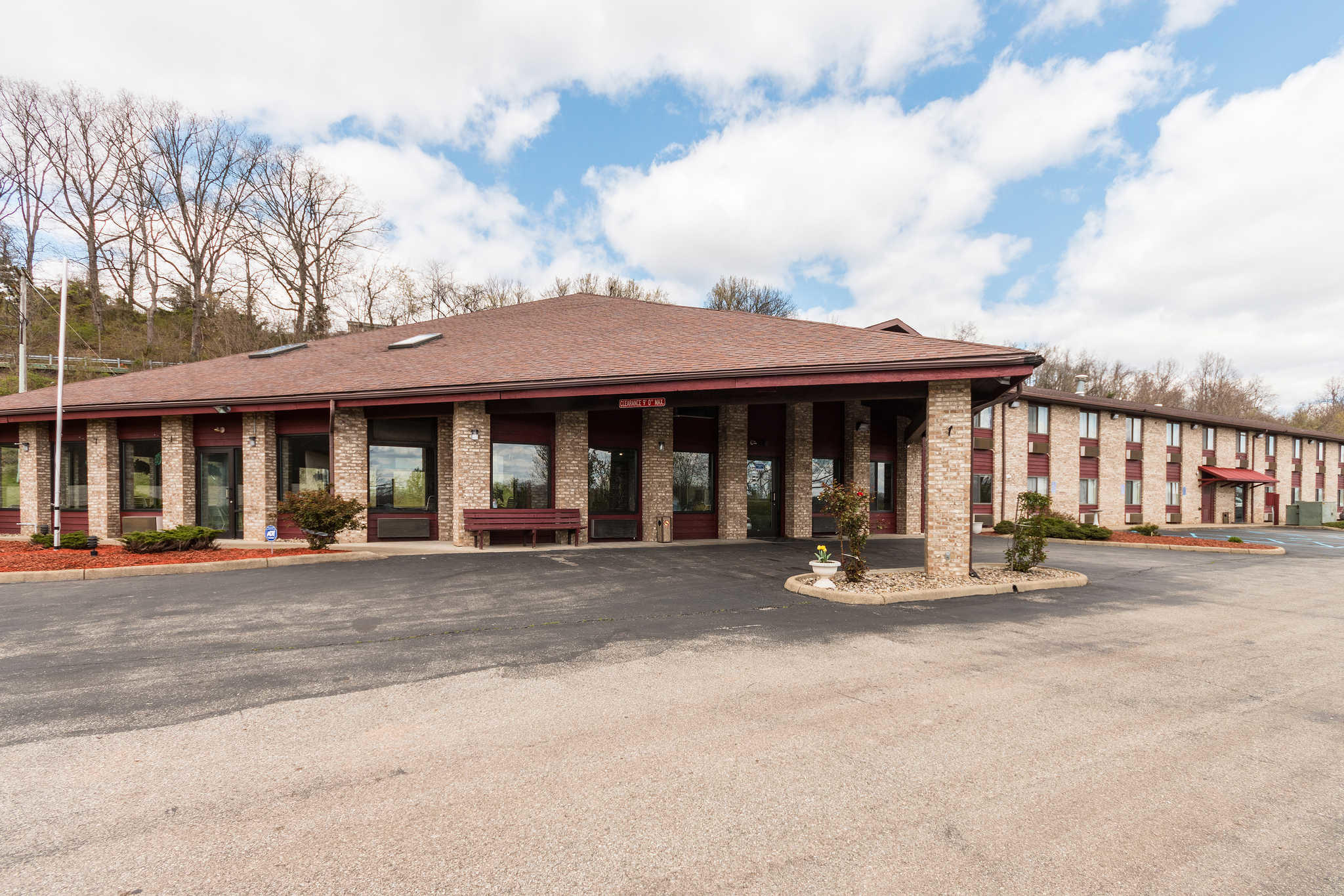 Hotels Near Mineral Wells Wv