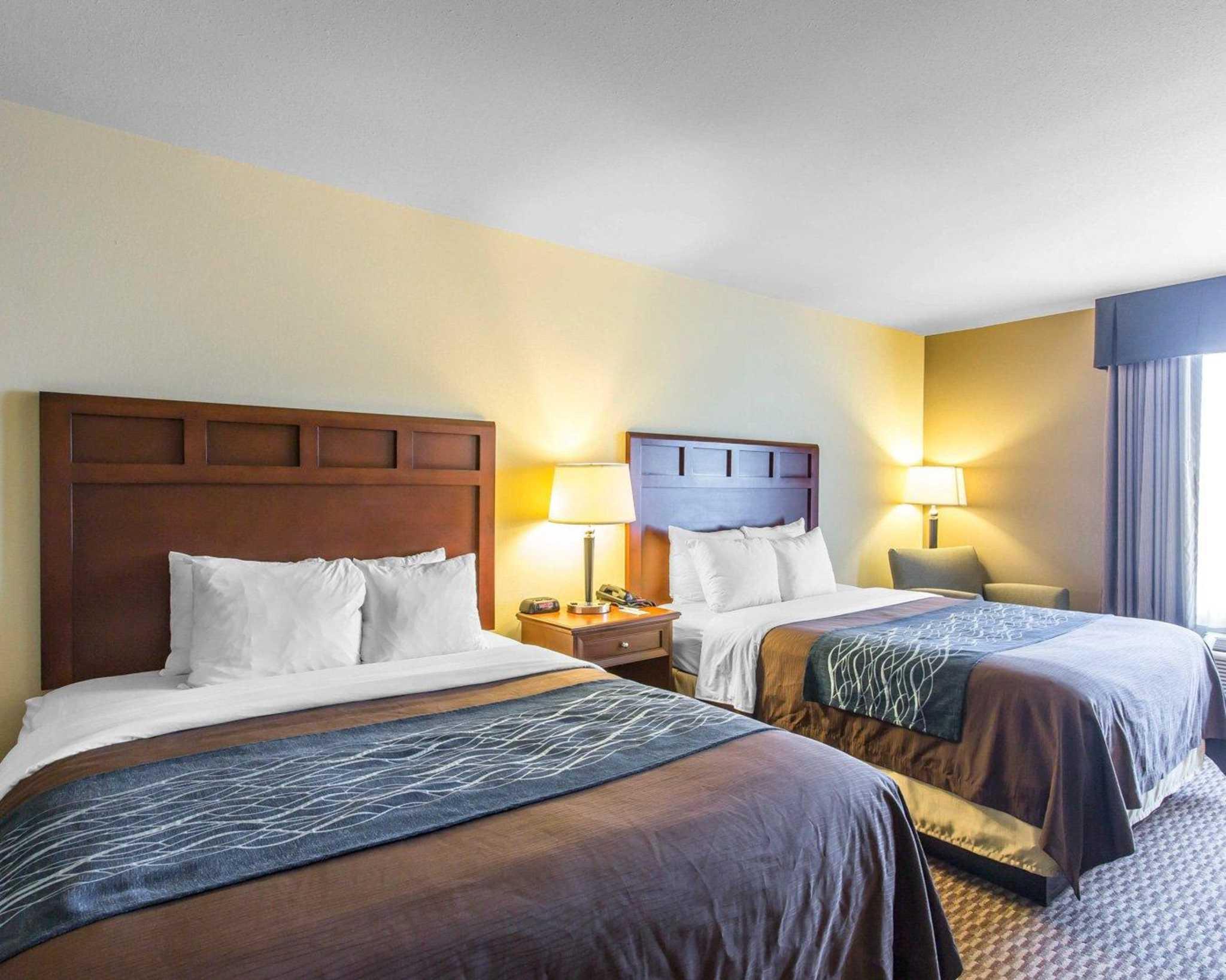 Comfort Inn Amp Suites Madisonville Kentucky Ky
