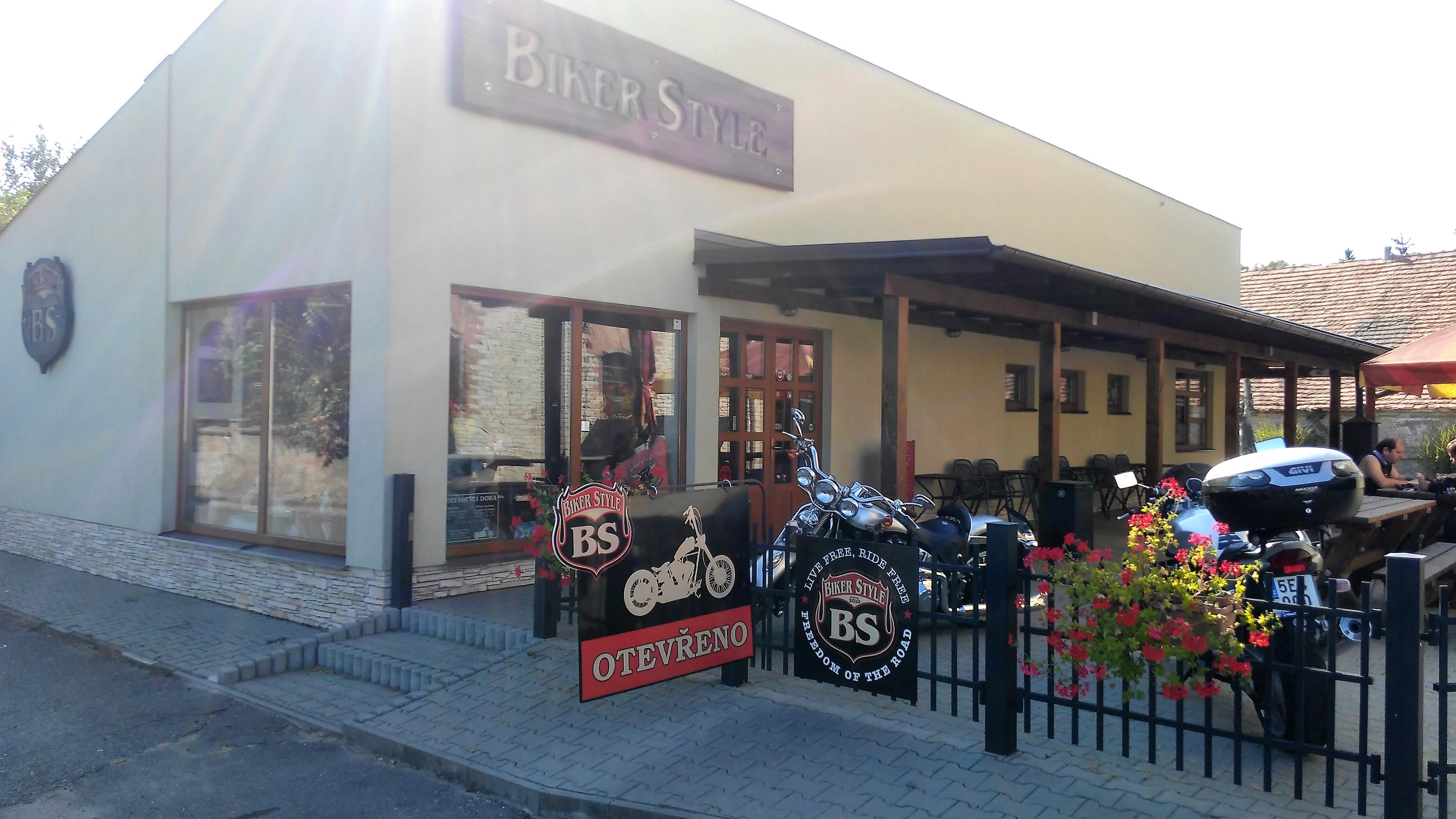 BIKERSTYLE – Miroslav Štěpánek – ráj pro motorkáře