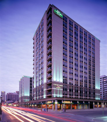 Hotel in ON Toronto M4Y 1X7 Courtyard by Marriott Toronto Downtown 475 Yonge Street  (416)924-0611