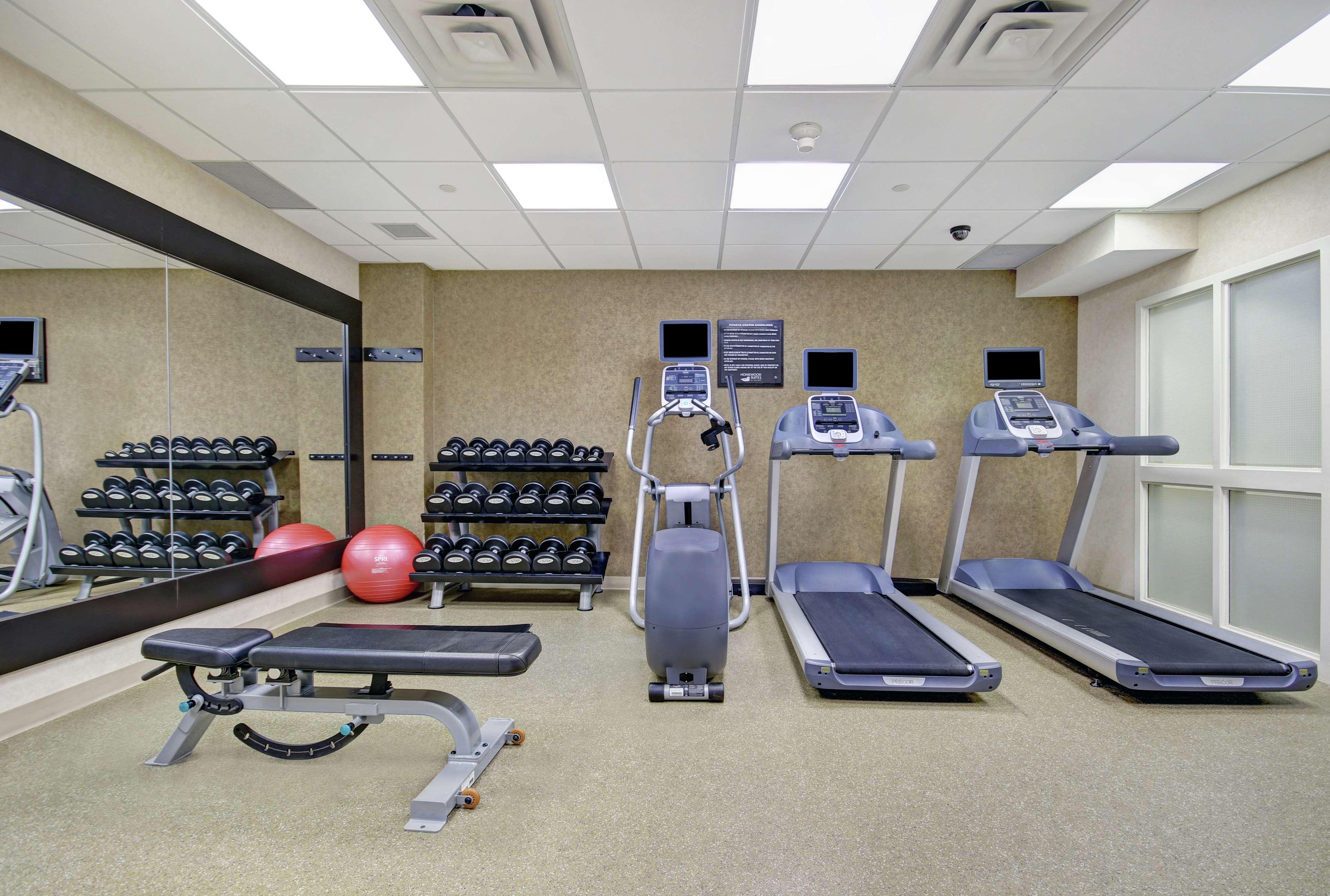 Homewood Suites by Hilton Burlington in Burlington: Health club