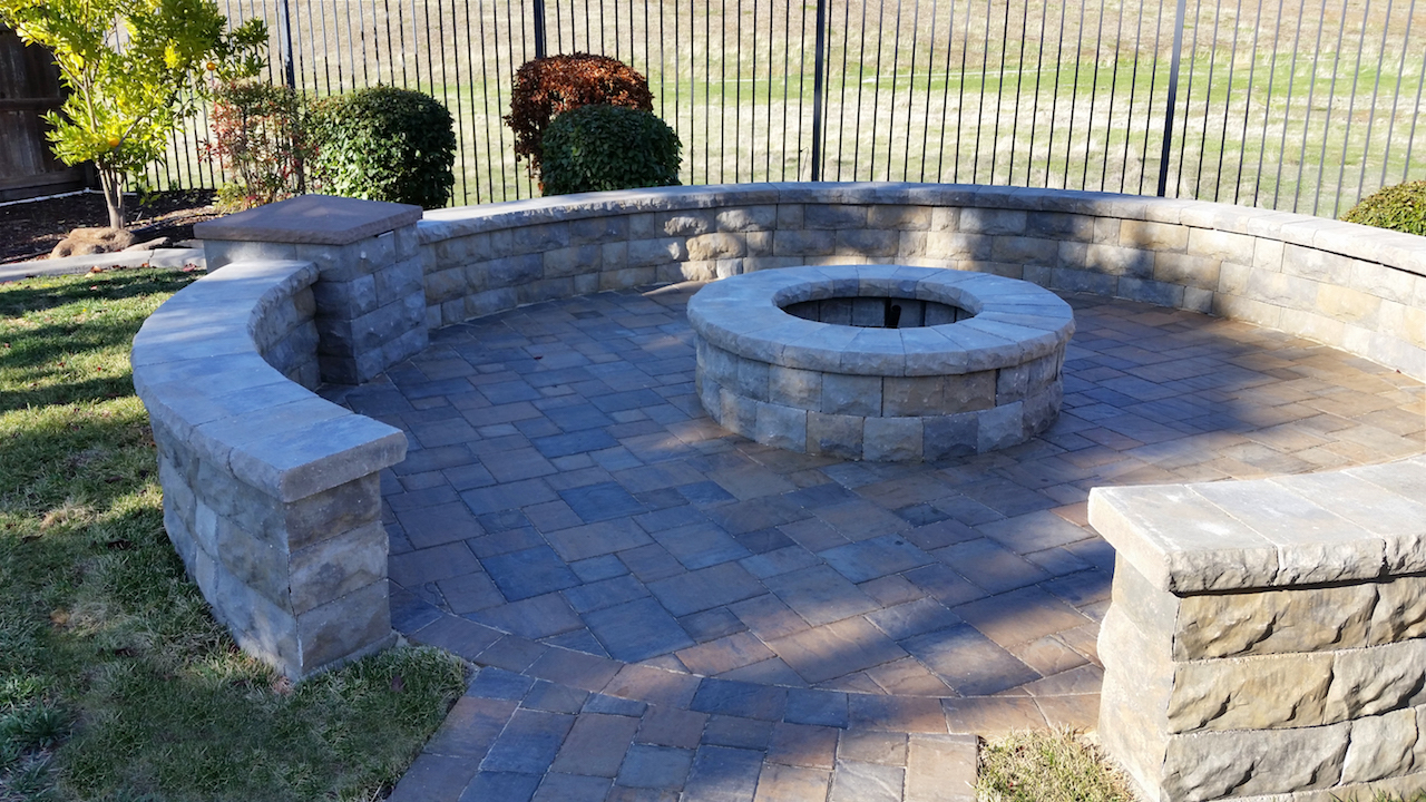 Abrams Built Retaining Walls Pavers And Turf Loomis