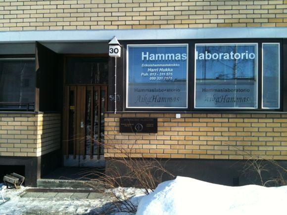 Hammaslaboratorio AikaHammas EHT Hukka Harri