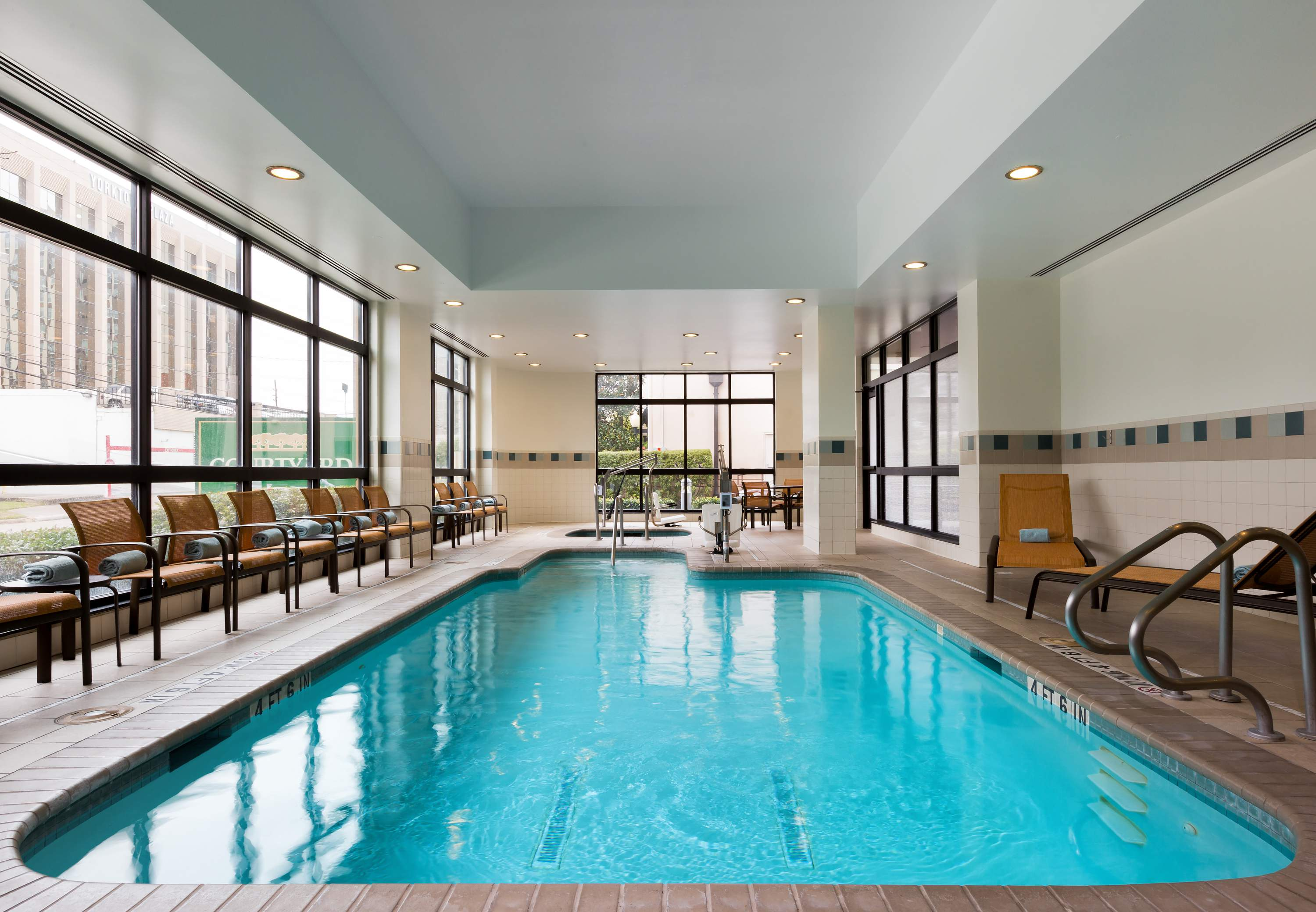 Courtyard By Marriott Houston By The Galleria Houston