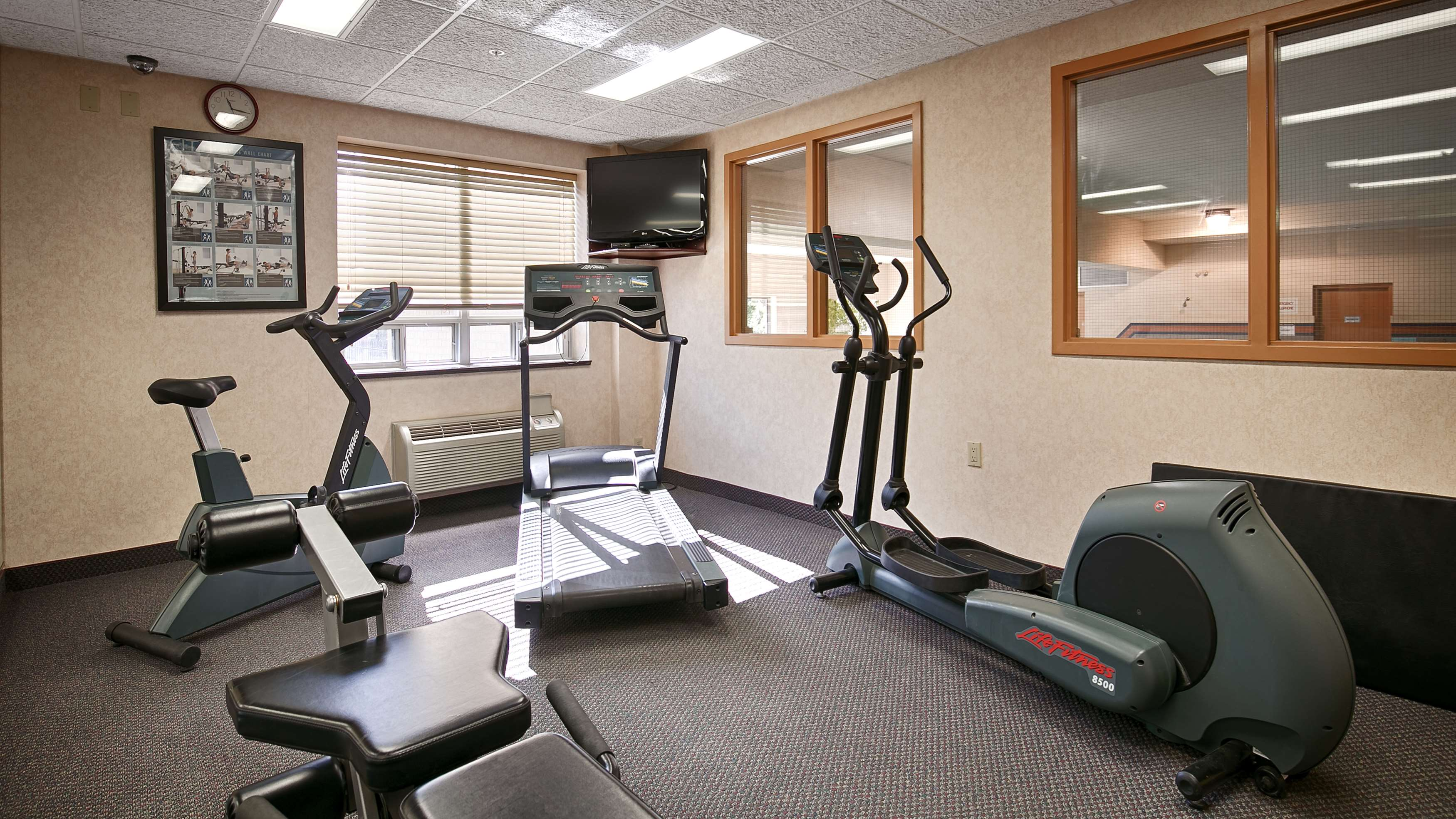 Fitness Center Best Western Plus Burlington Inn & Suites Burlington (905)639-2700