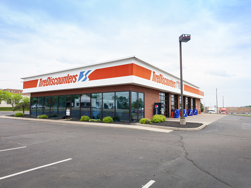 Local Tire Shops >> Tire Discounters, Cincinnati Ohio (OH) - LocalDatabase.com