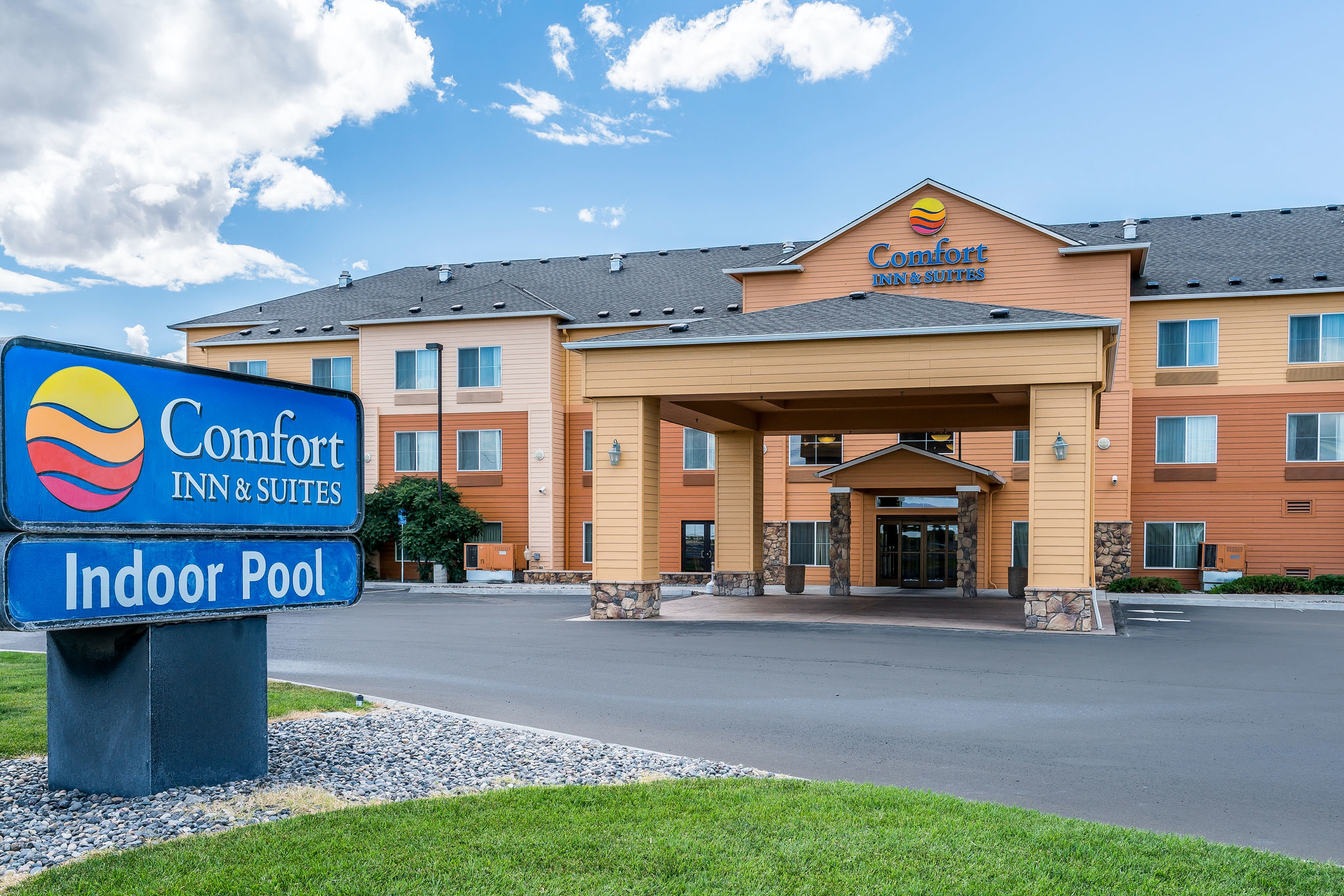 Comfort Inn Amp Suites Hermiston Oregon Or