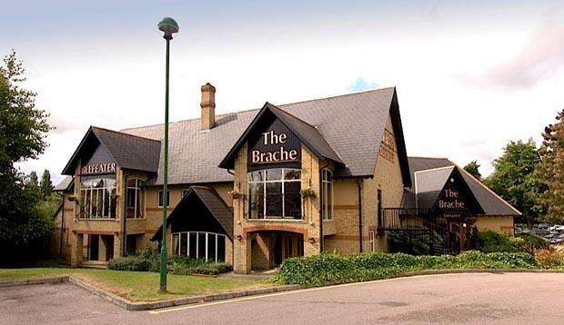 Premier Inn Luton (Airport) hotel