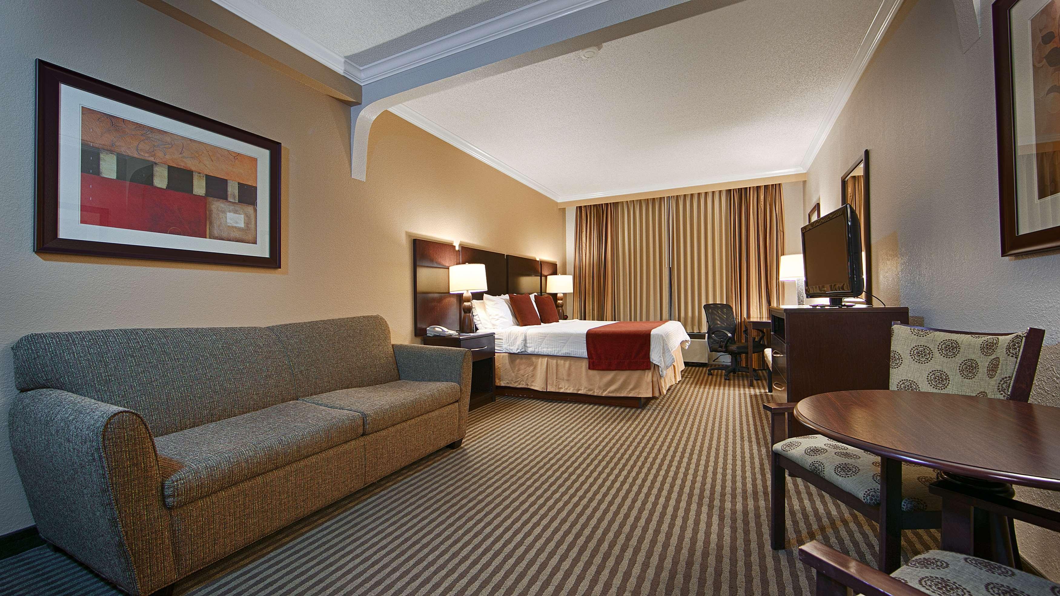 best western plus ambassador suites venice venice florida fl. Black Bedroom Furniture Sets. Home Design Ideas