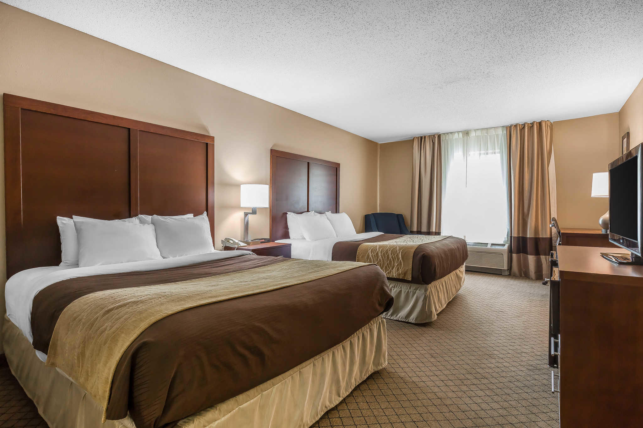 Comfort Inn Amp Suites Mishawaka Indiana In