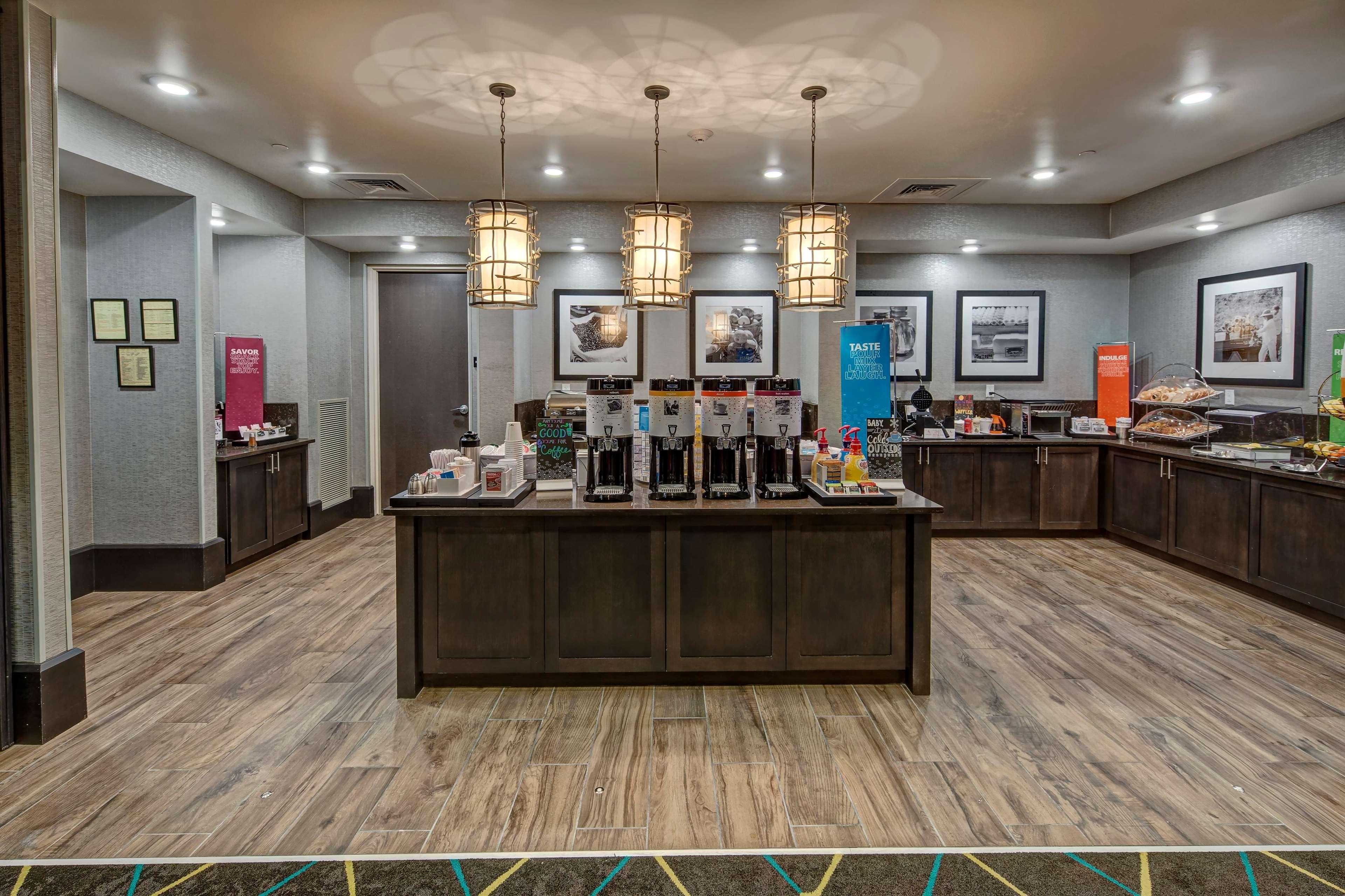 hampton inn suites nashville hendersonville in. Black Bedroom Furniture Sets. Home Design Ideas