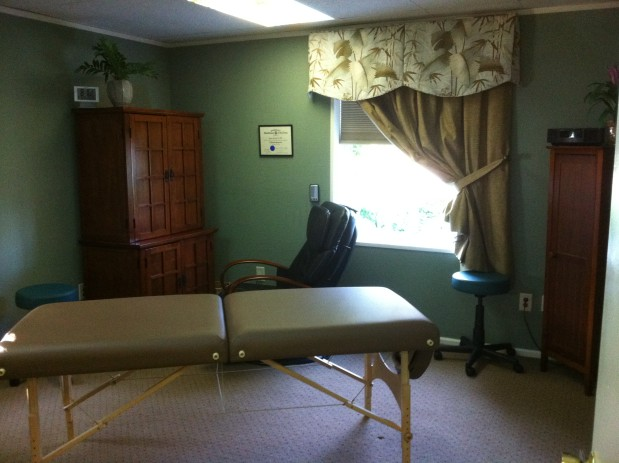 Dr. Edwin Doe Chiropractic Care