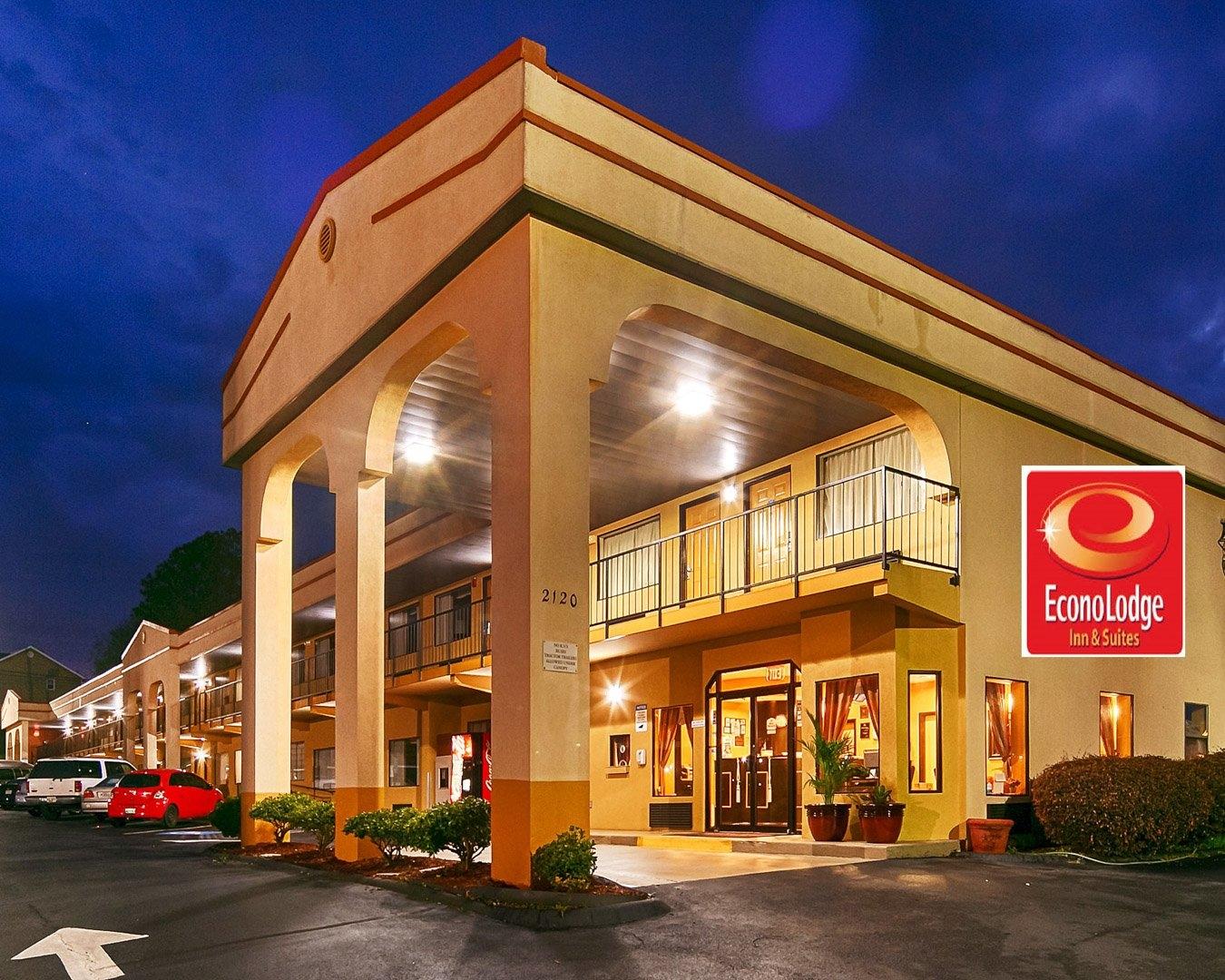 Econo Lodge Inn  U0026 Suites Near Chickamauga Battlefield In Fort Oglethorpe  Ga 30742