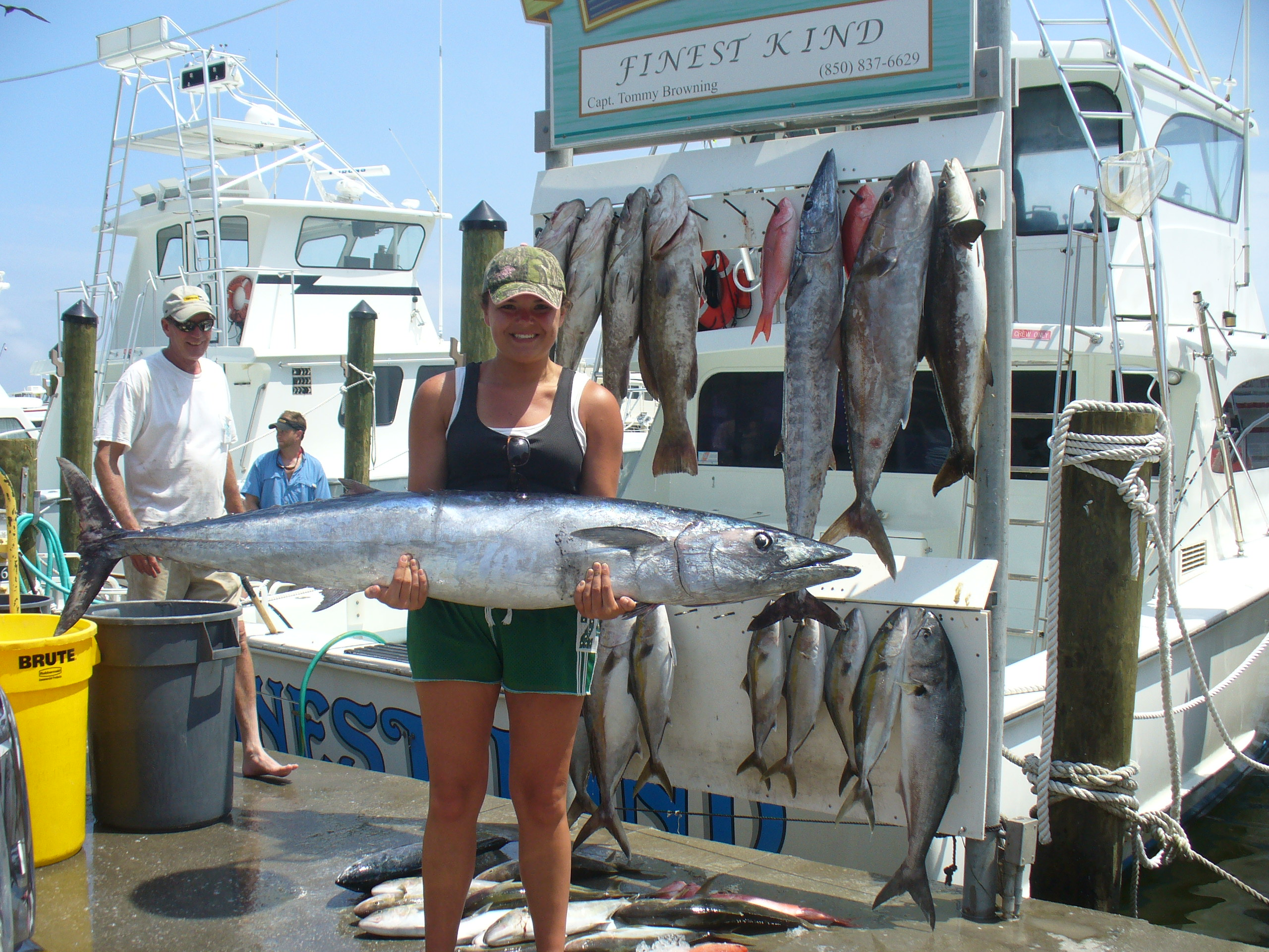Harborwalk charters in destin fl 32541 for Florida fishing vacations