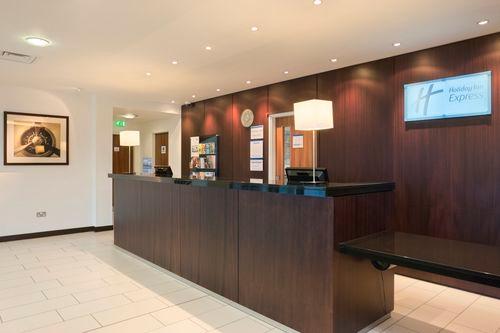 Holiday Inn Express Cambridge-Duxford M11, Jct.10