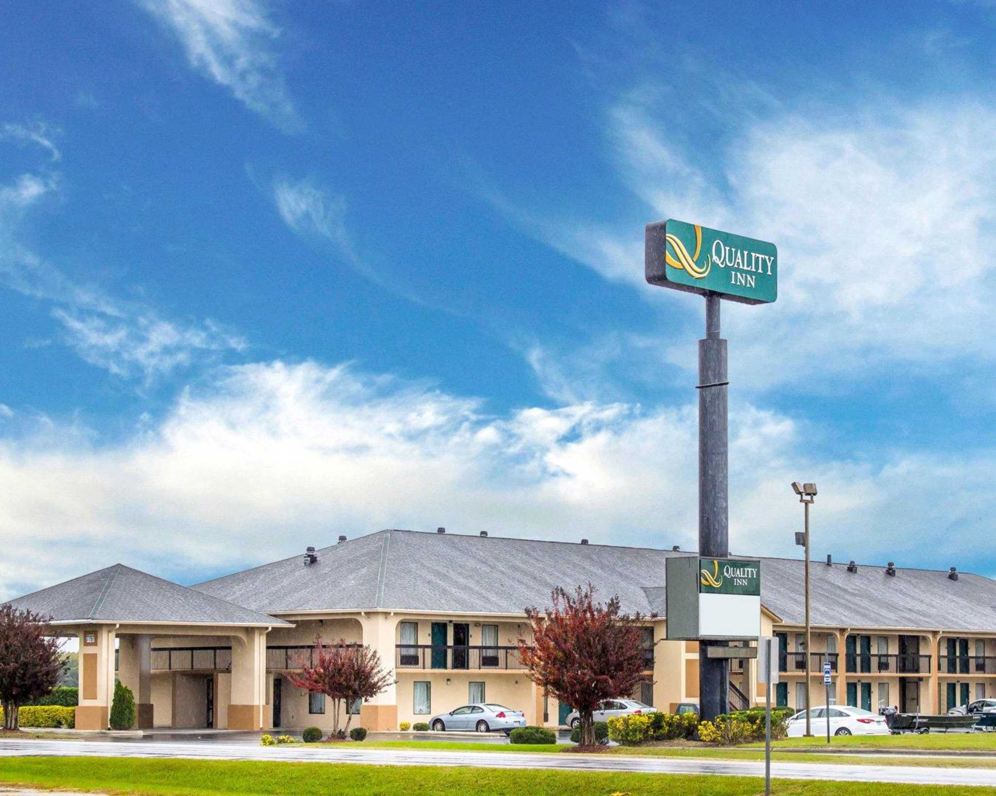 Quality Inn North, Battleboro North Carolina (NC
