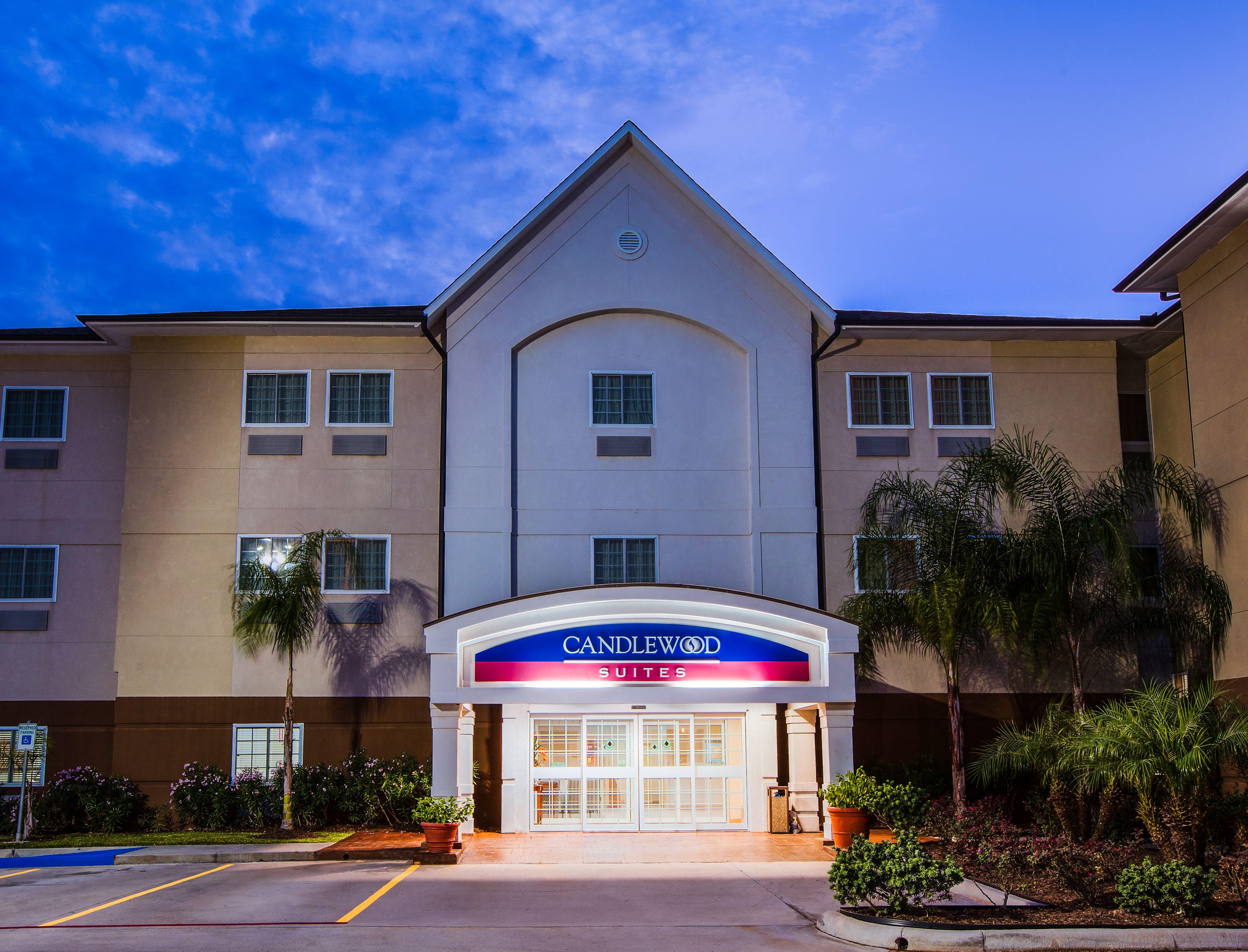 Candlewood suites la porte la porte texas tx for Comfort suites la porte tx