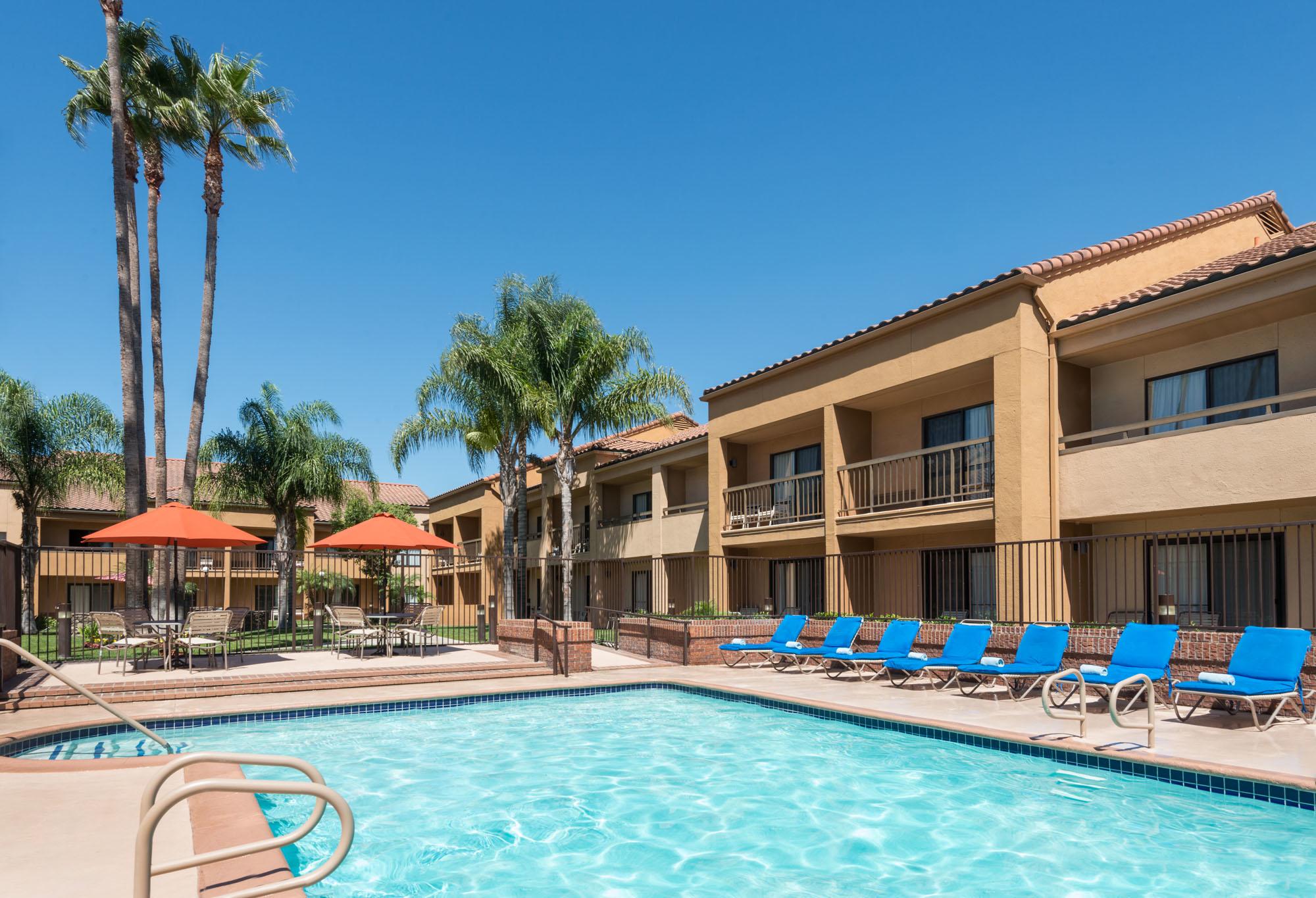 Buena Park Hotel And Suites Buena Park Ca