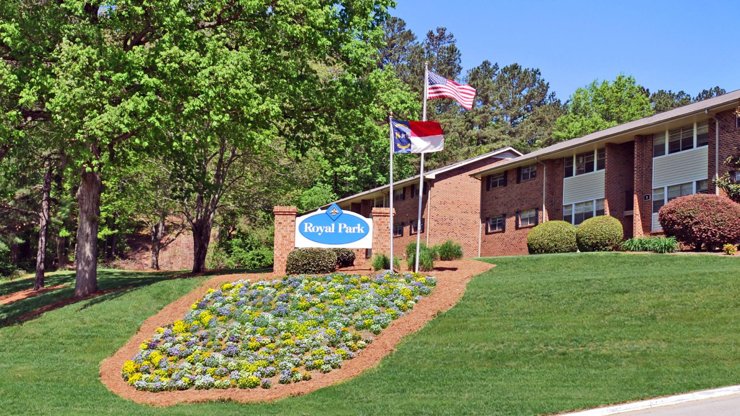 Royal Park Apartments reviews | Apartments at 501 Highway 54 Bypass - Carrboro NC