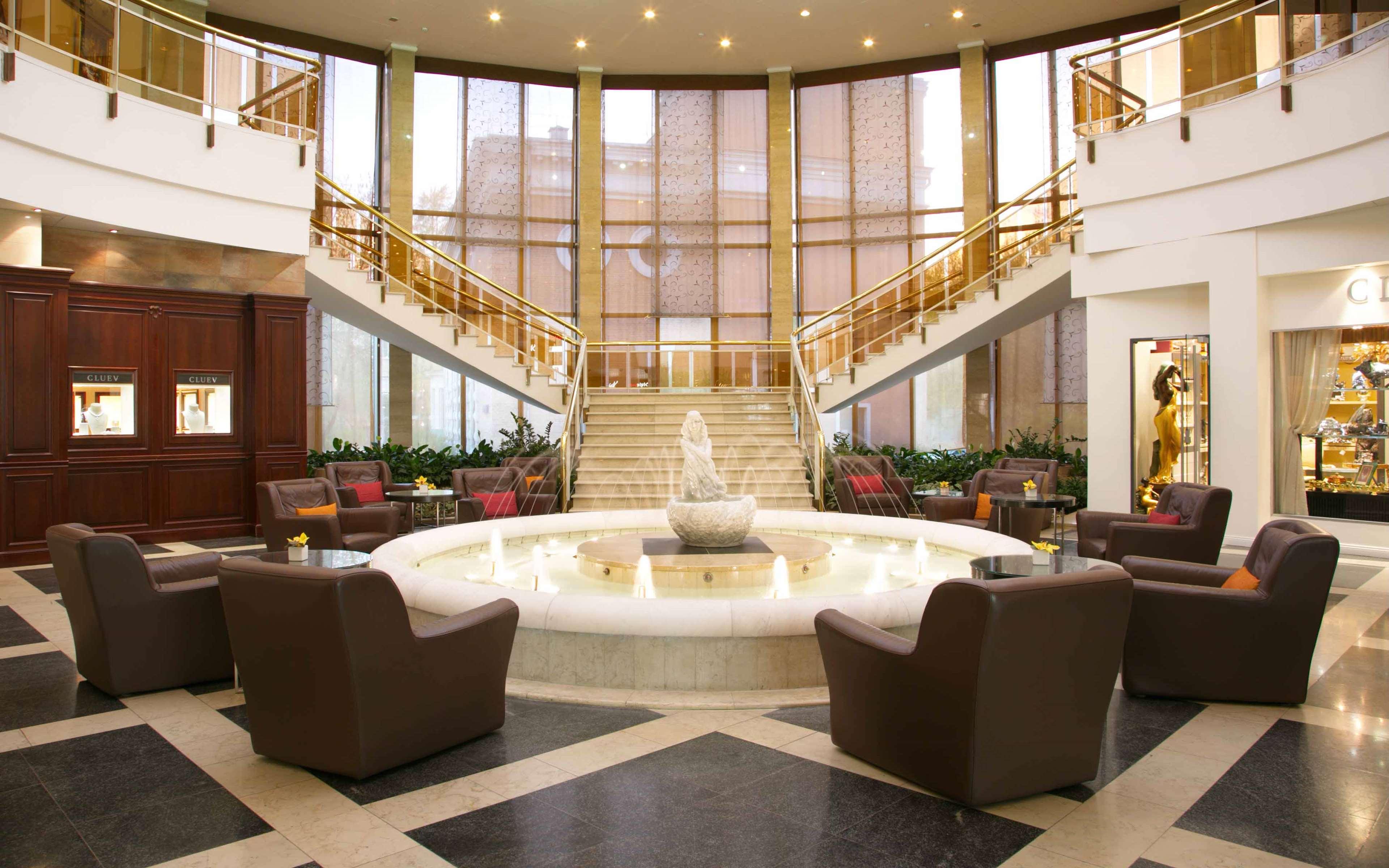 Radisson Slavyanskaya Hotel & Business Center, Moscow
