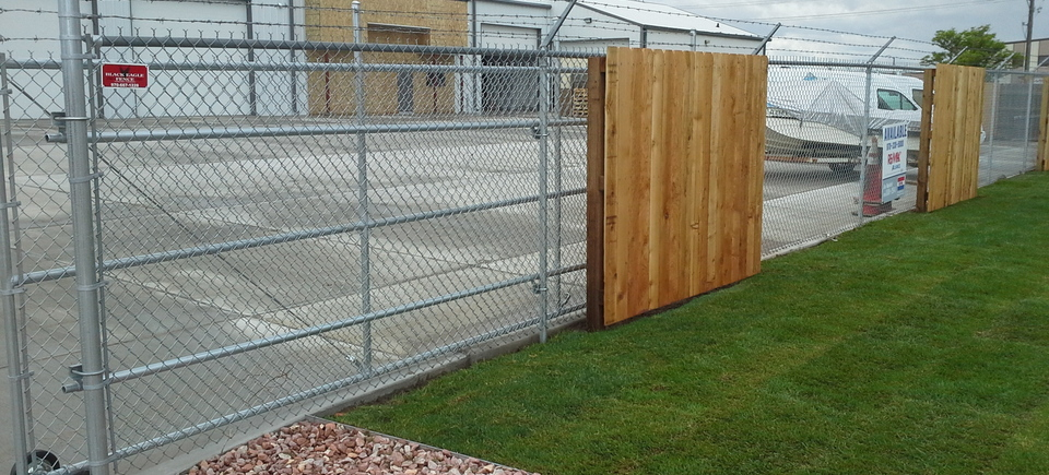 Black Eagle Fence In Loveland Co 80538