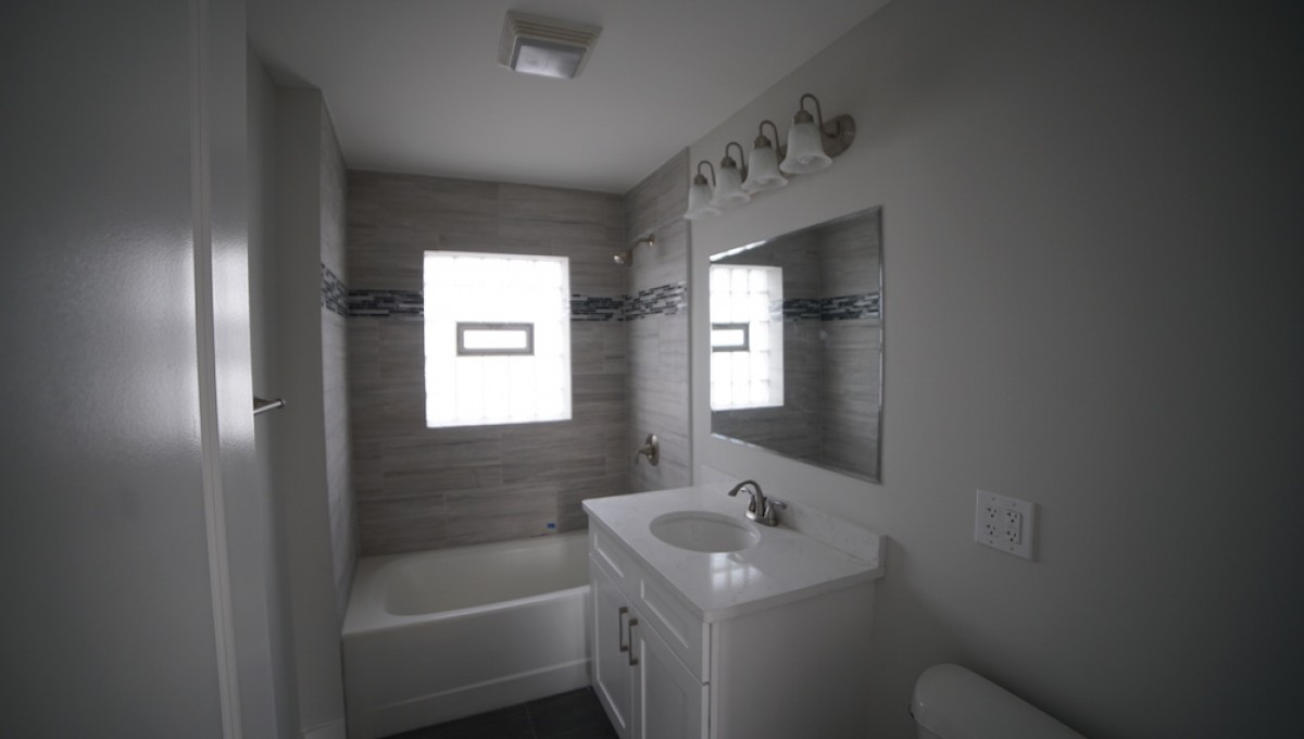 Comfort home remodeling design elk grove village illinois Chicago bathroom remodeling