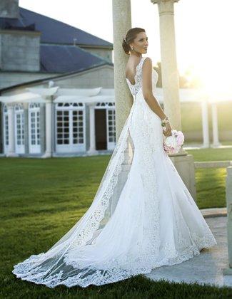 Boulevard Bride