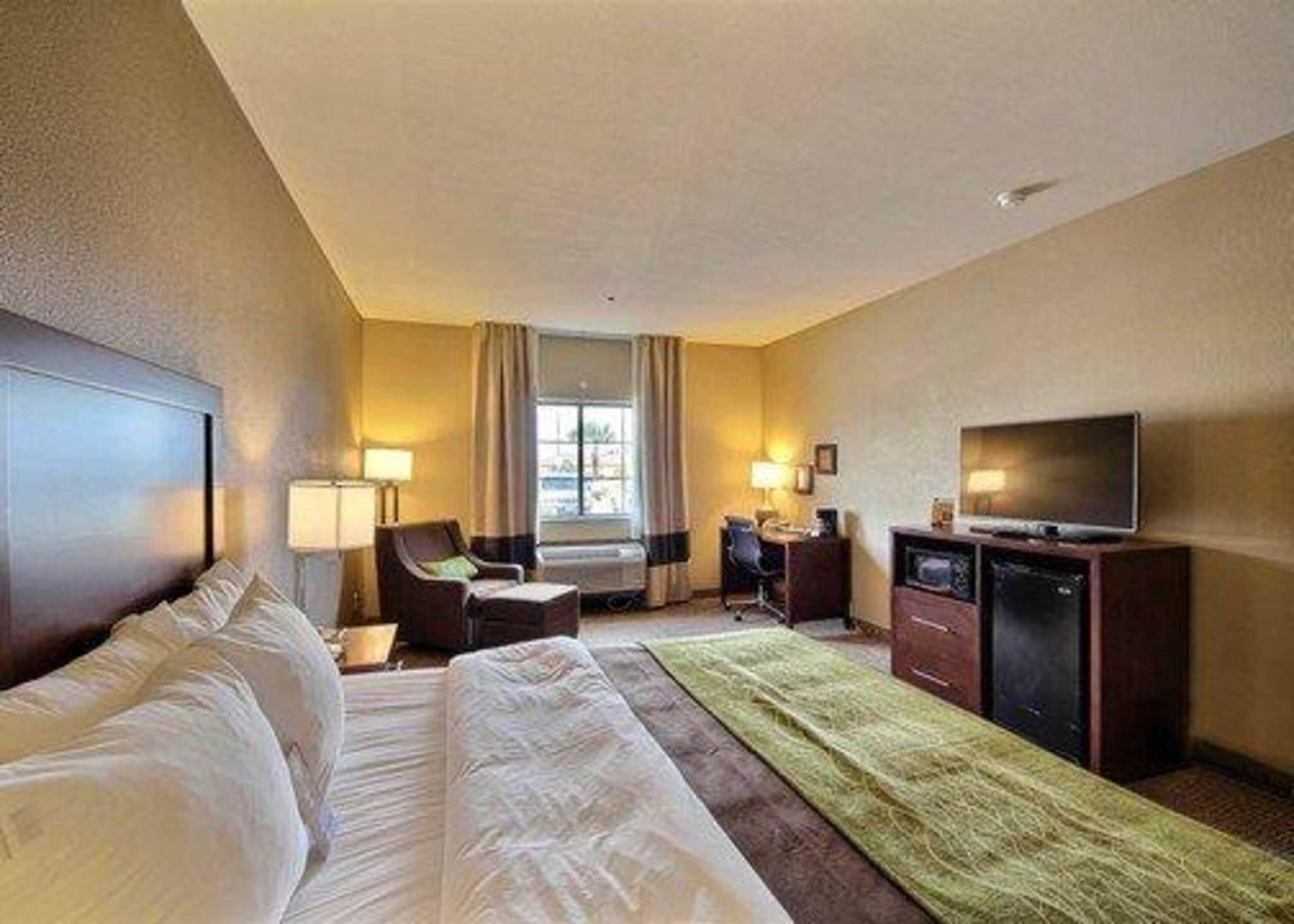 Comfort Inn Edinburg Texas Tx Localdatabase Com