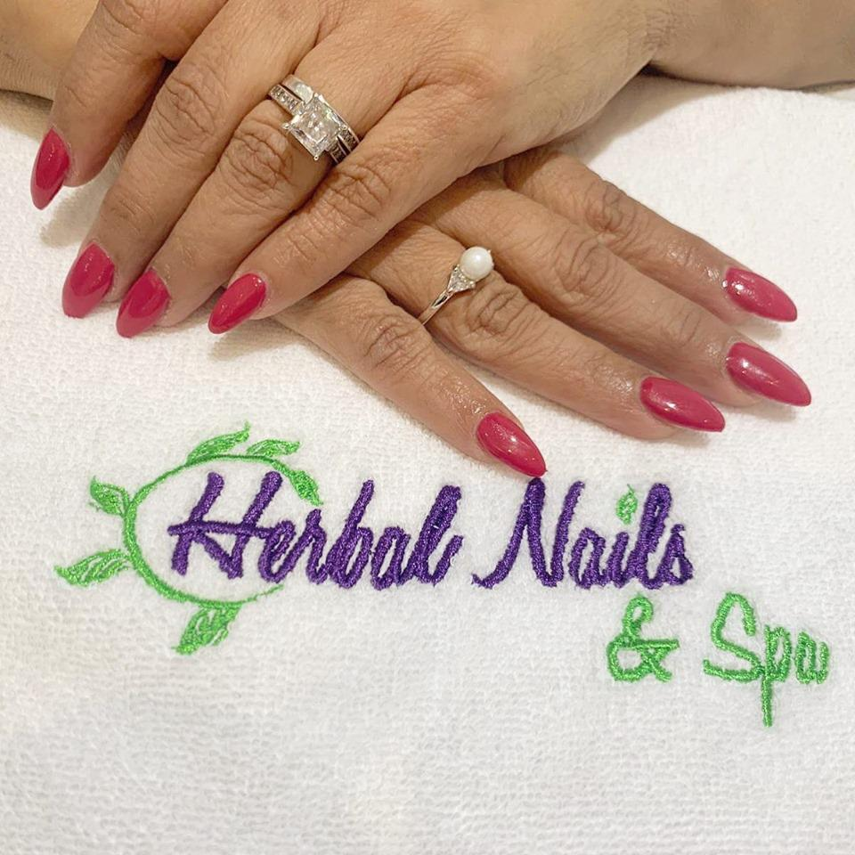 Herbal Nails & Spa In Mesa-Gilbert