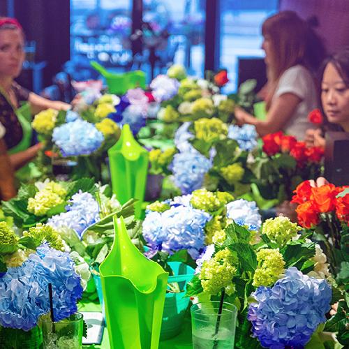 Paint Nite - Flower Power Event