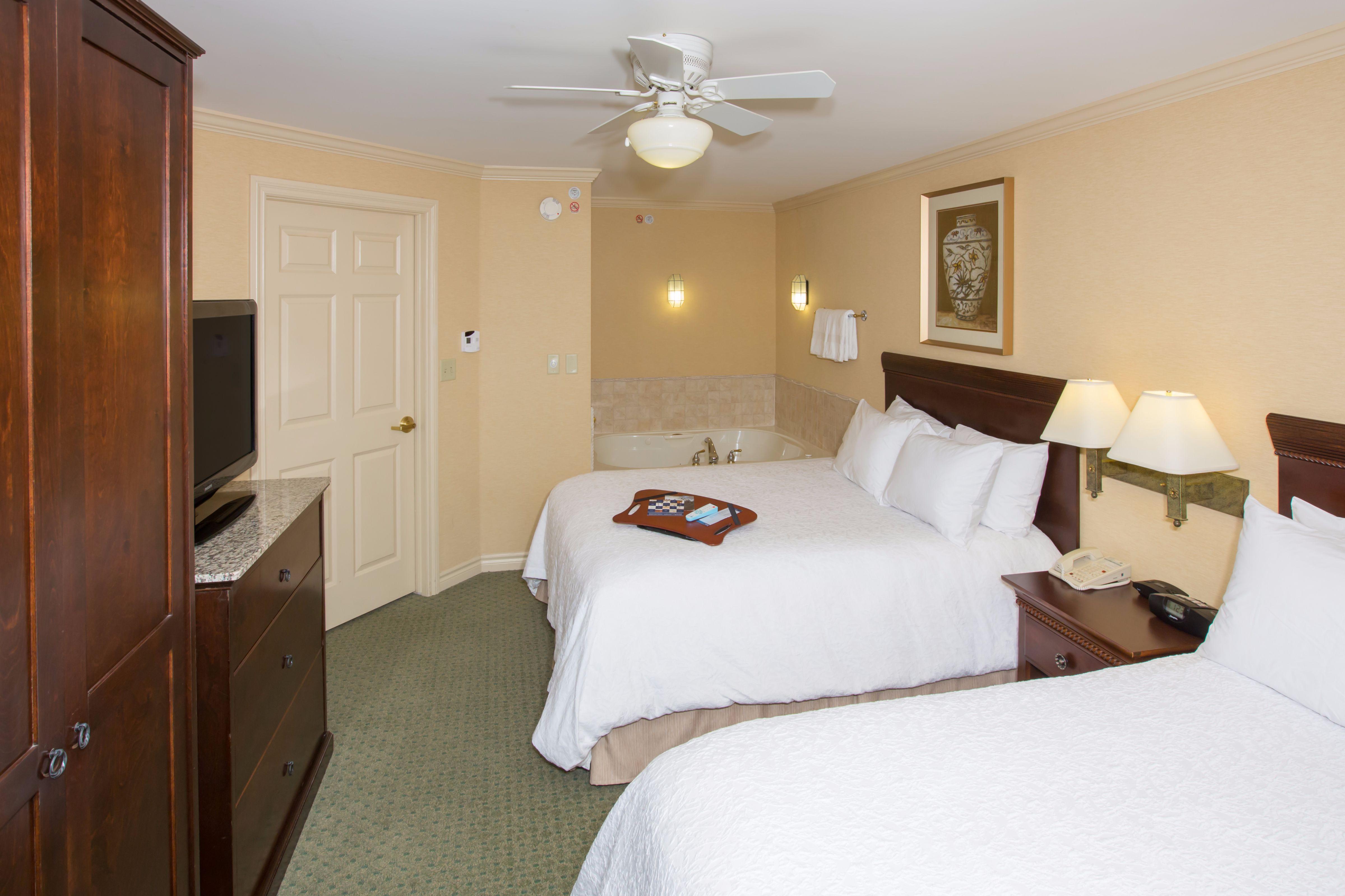 Buffalo Ny Whirlpool Room Hotel