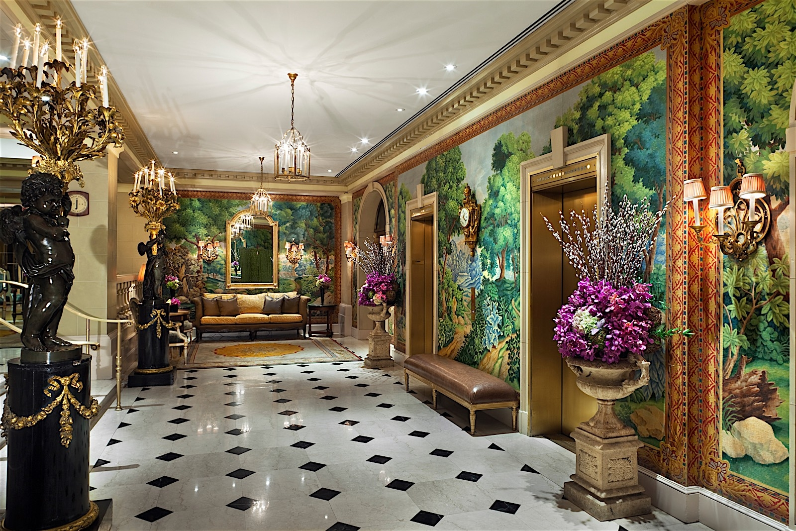Hotel plaza athenee coupons near me in new york 8coupons for Modern hotels near me
