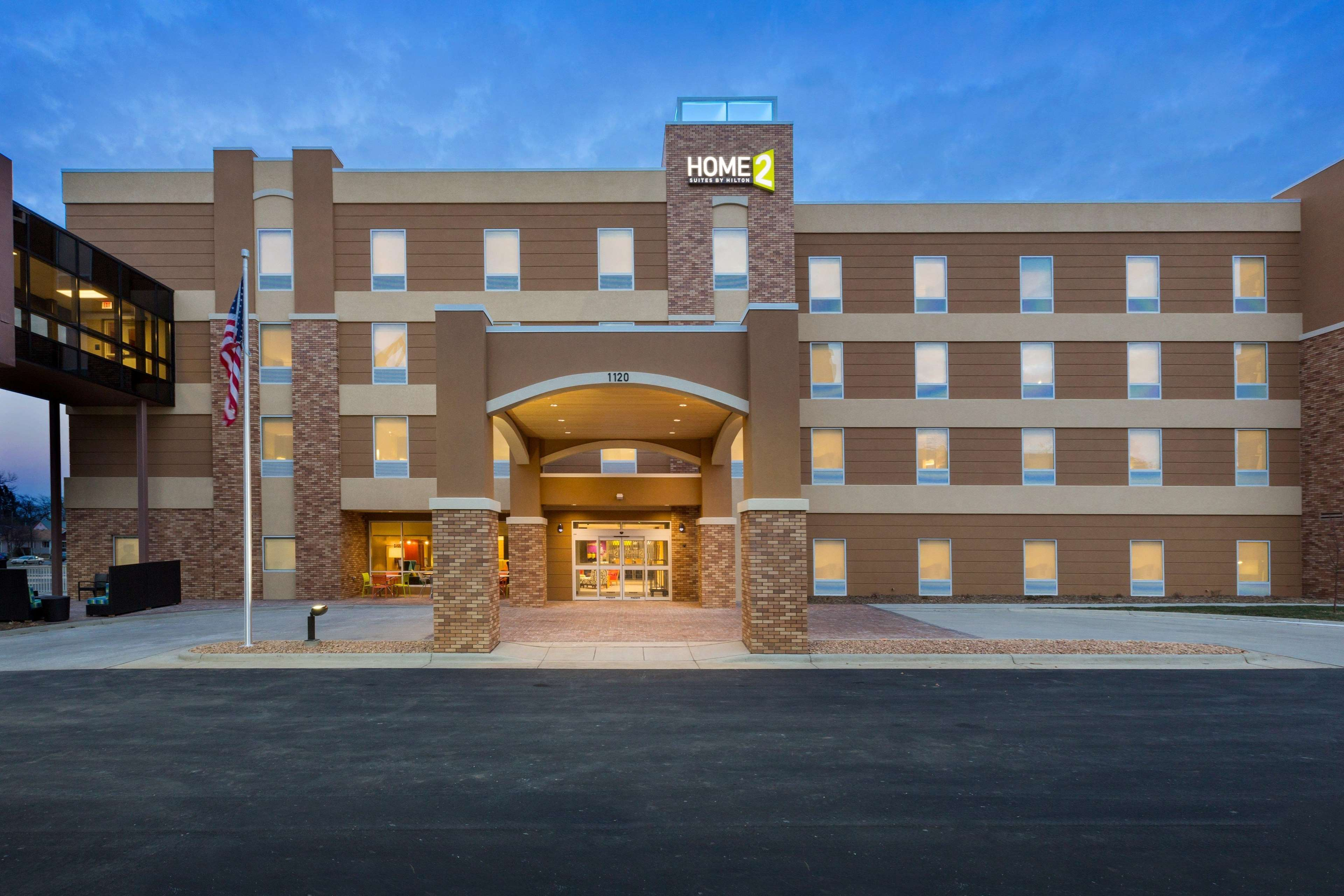 Airport Hotel Sioux Falls