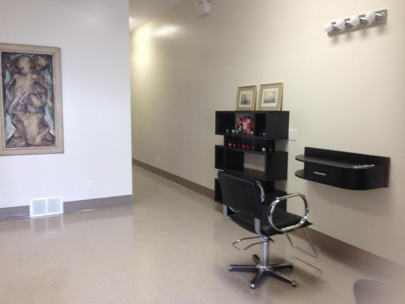 Serenity Salon and Medi-spa à Shawville
