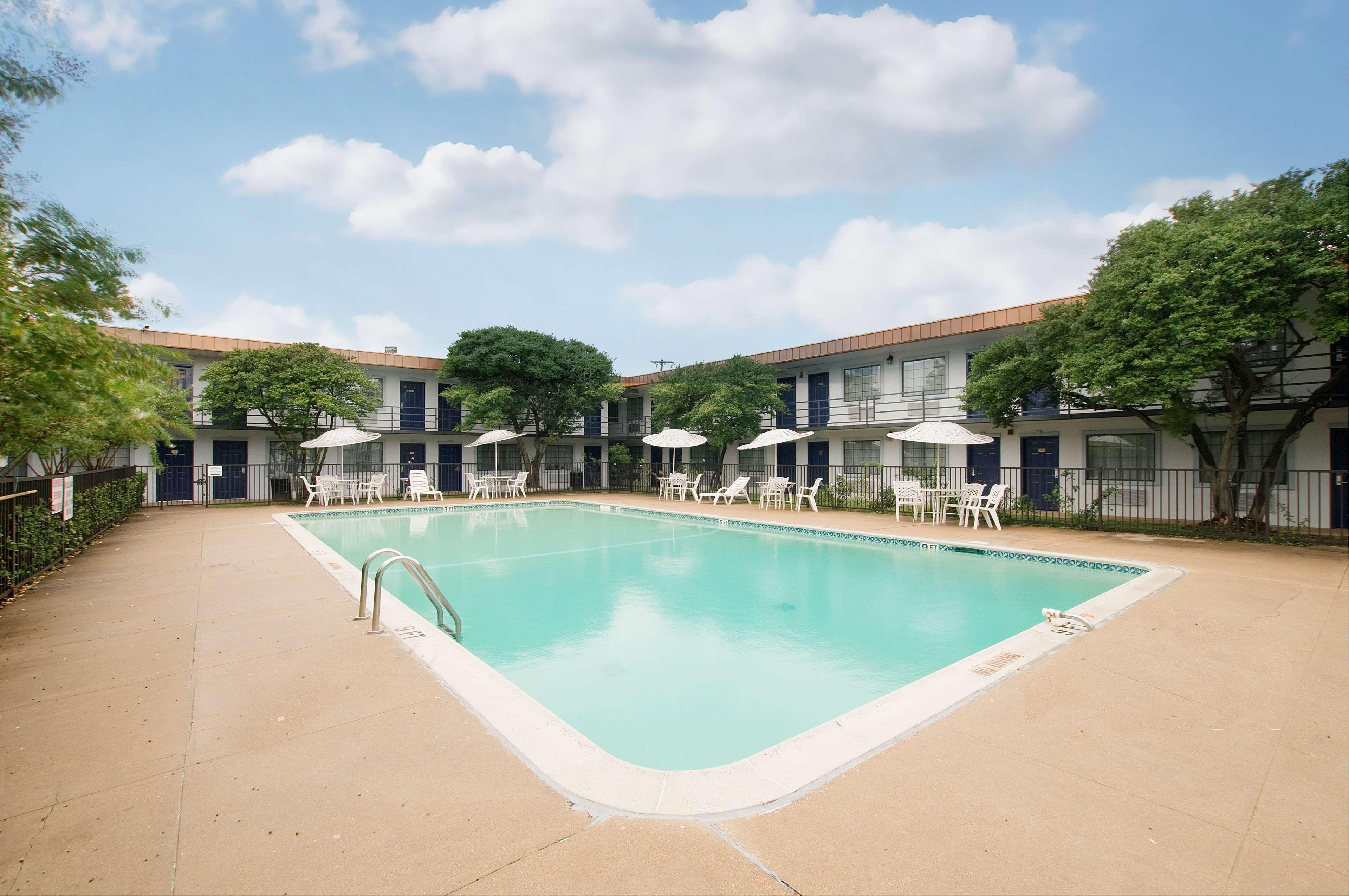 Americas Best Value Inn Ft Worth Hurst Hurst Texas Tx