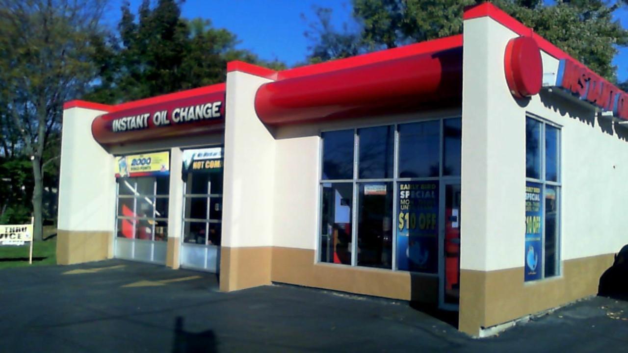 Valvoline Instant Oil Change, 832 E Moreland Blvd ...