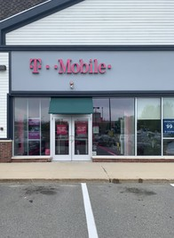 Exterior photo of T-Mobile Store at Fresh River Rd & Calef Hwy, Epping, NH
