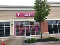 Exterior photo of T-Mobile Store at Farmington & Little Falls Bridge, Rochester, NH
