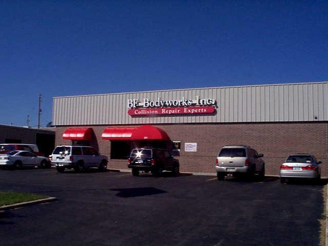 Auto Repair Shop in KS Olathe 66062 BF Bodyworks Inc. 311 N Lindenwood Dr  (913)764-8555