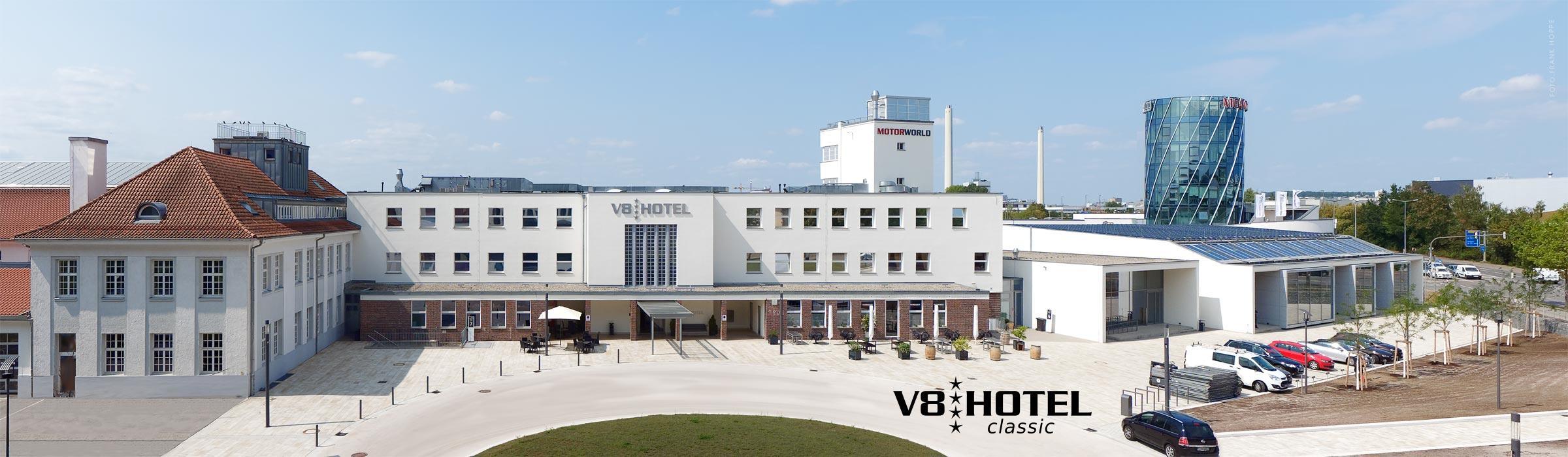 V8 Hotel Classic