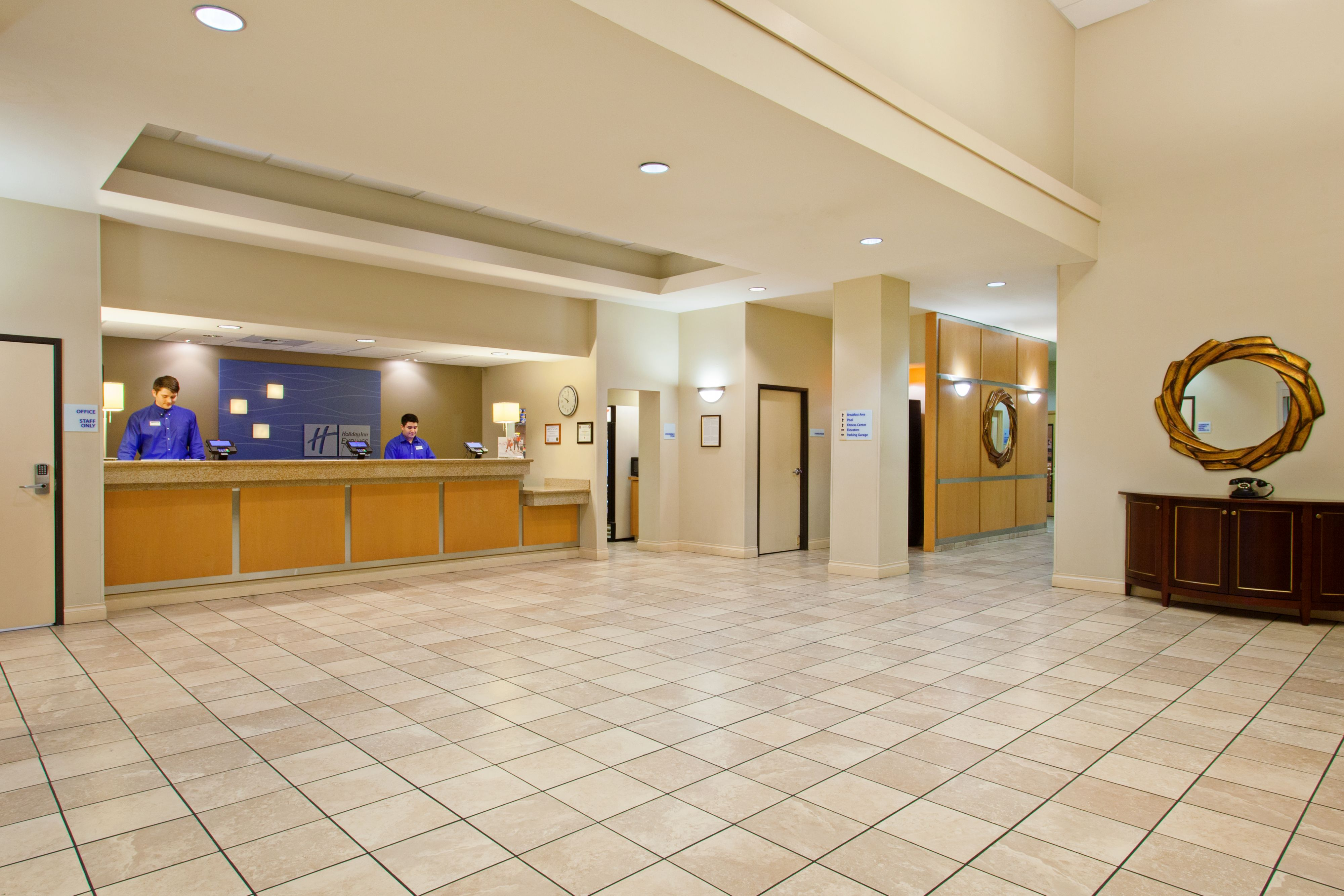 American Car Center Payment >> Holiday Inn Express & Suites Seattle-City Center, Seattle