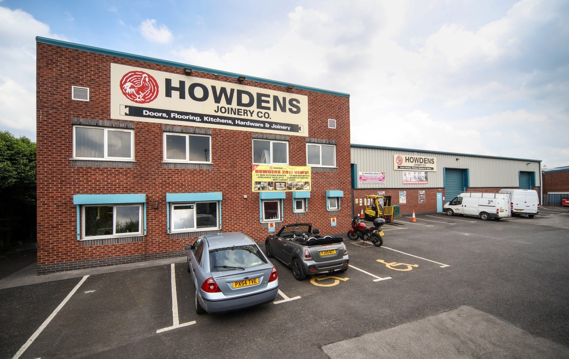 Howdens  - Horwich