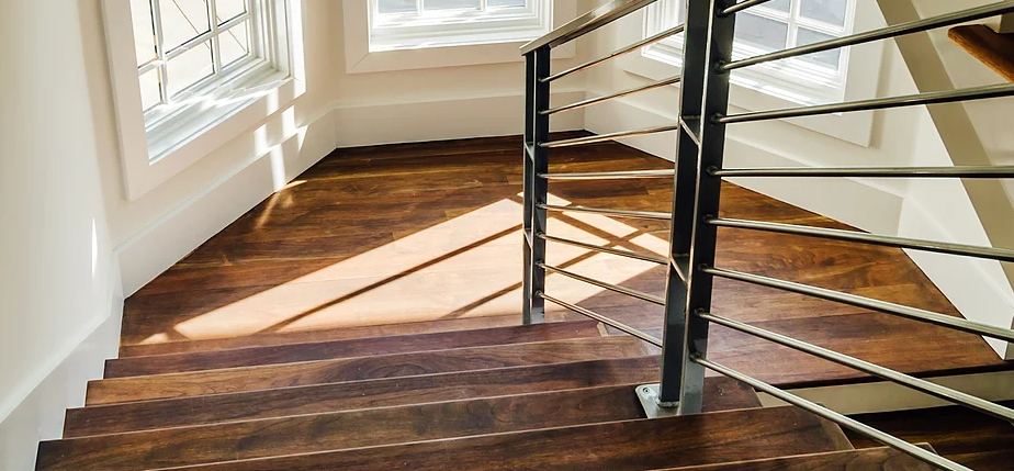 Sanding and finishing hardwood floors provides clients with complete creative control in overall des Southern Oaks Flooring Nashville (615)416-9039
