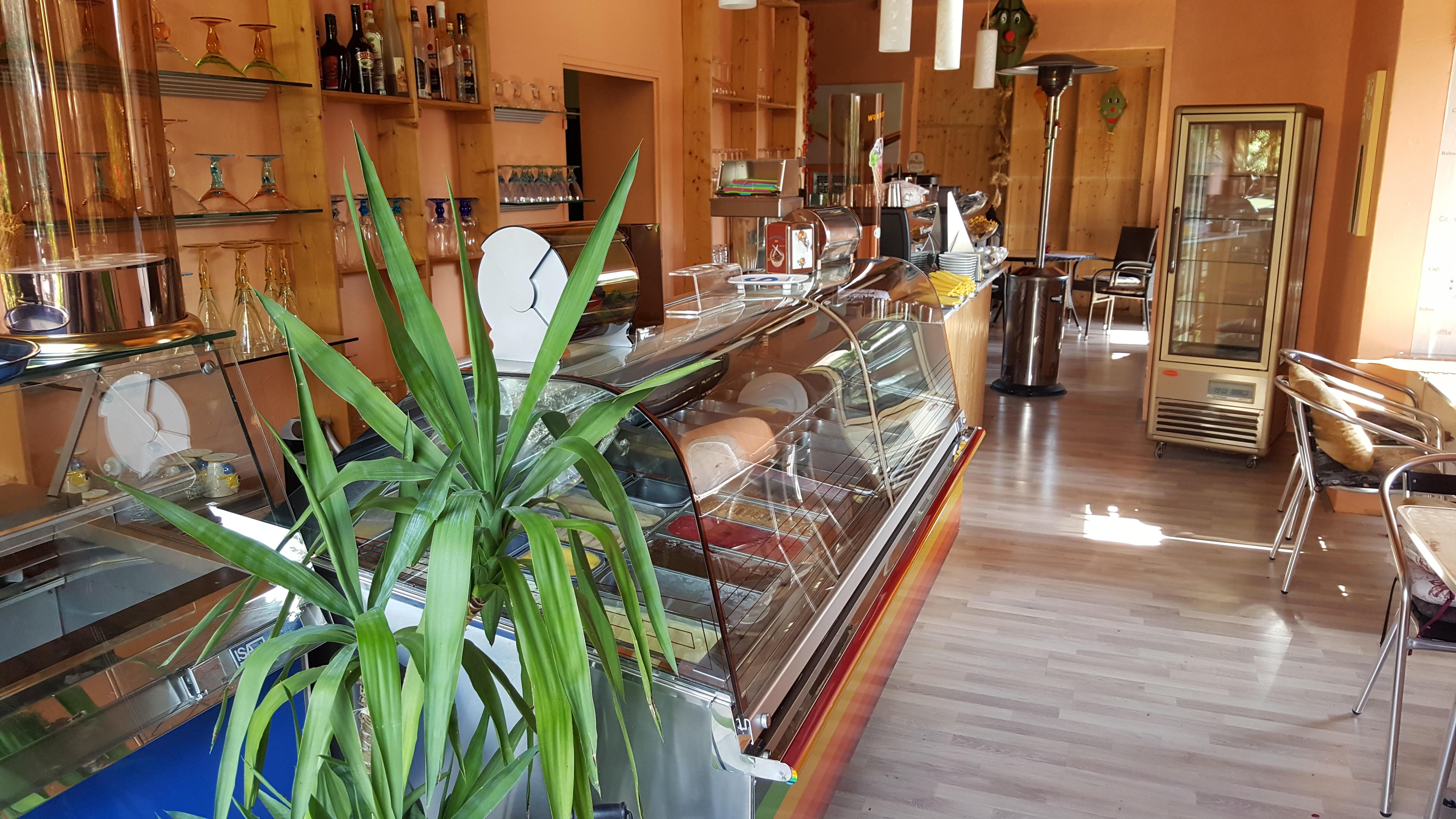strau enwirtschaft eiscaf schuster restaurants kallstadt deutschland tel 063229884. Black Bedroom Furniture Sets. Home Design Ideas