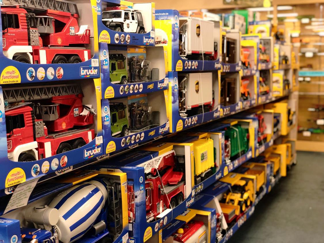 Amato's Toy and Hobby Middletown