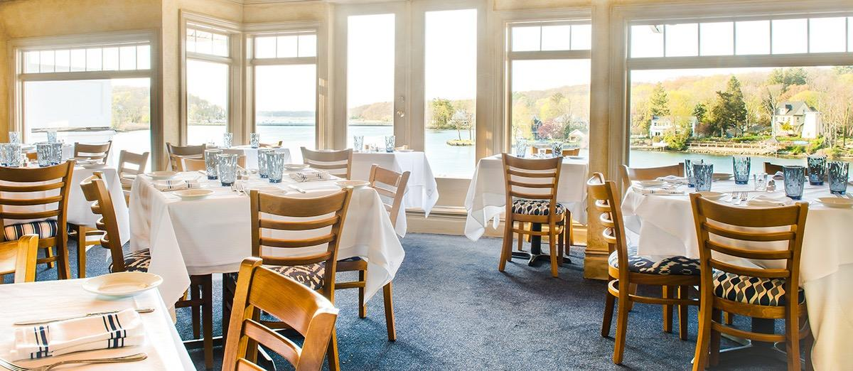 Mill Pond House Restaurant Coupons Near Me In Centerport