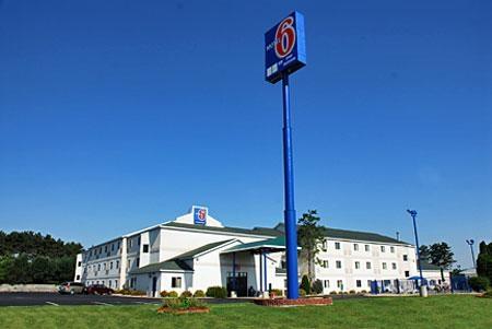 Hotels Near Lake Delton Wi