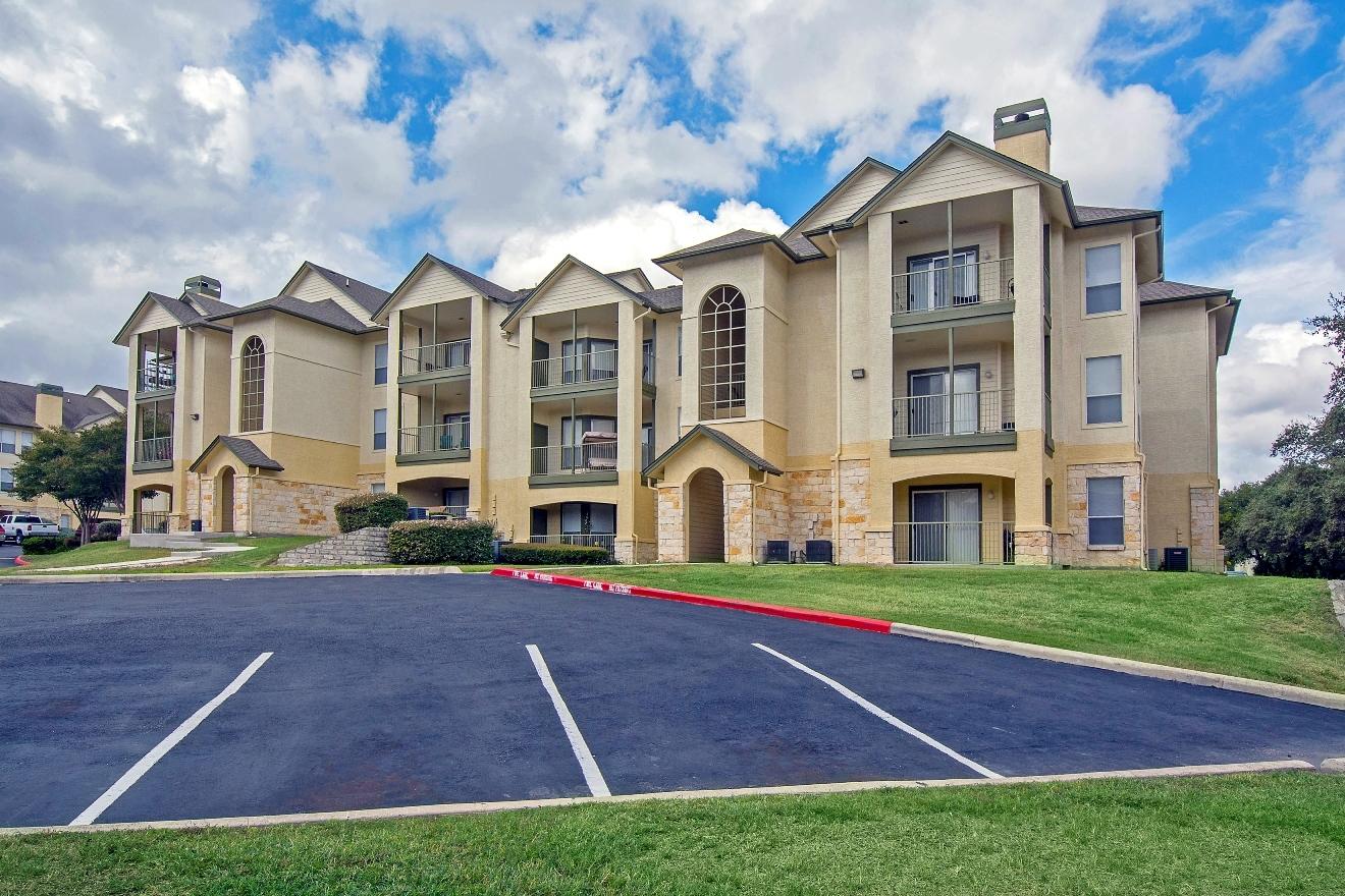 Signature Ridge Apartments In San Antonio Tx 78229