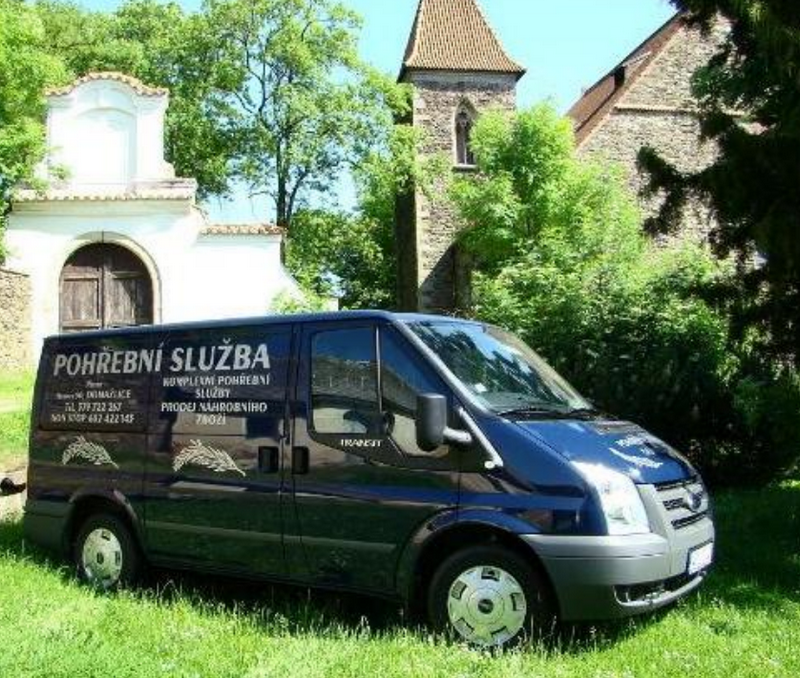 Pohřební služba Domažlice - PhDr.Miroslav Pitter,LL.M.,MBA